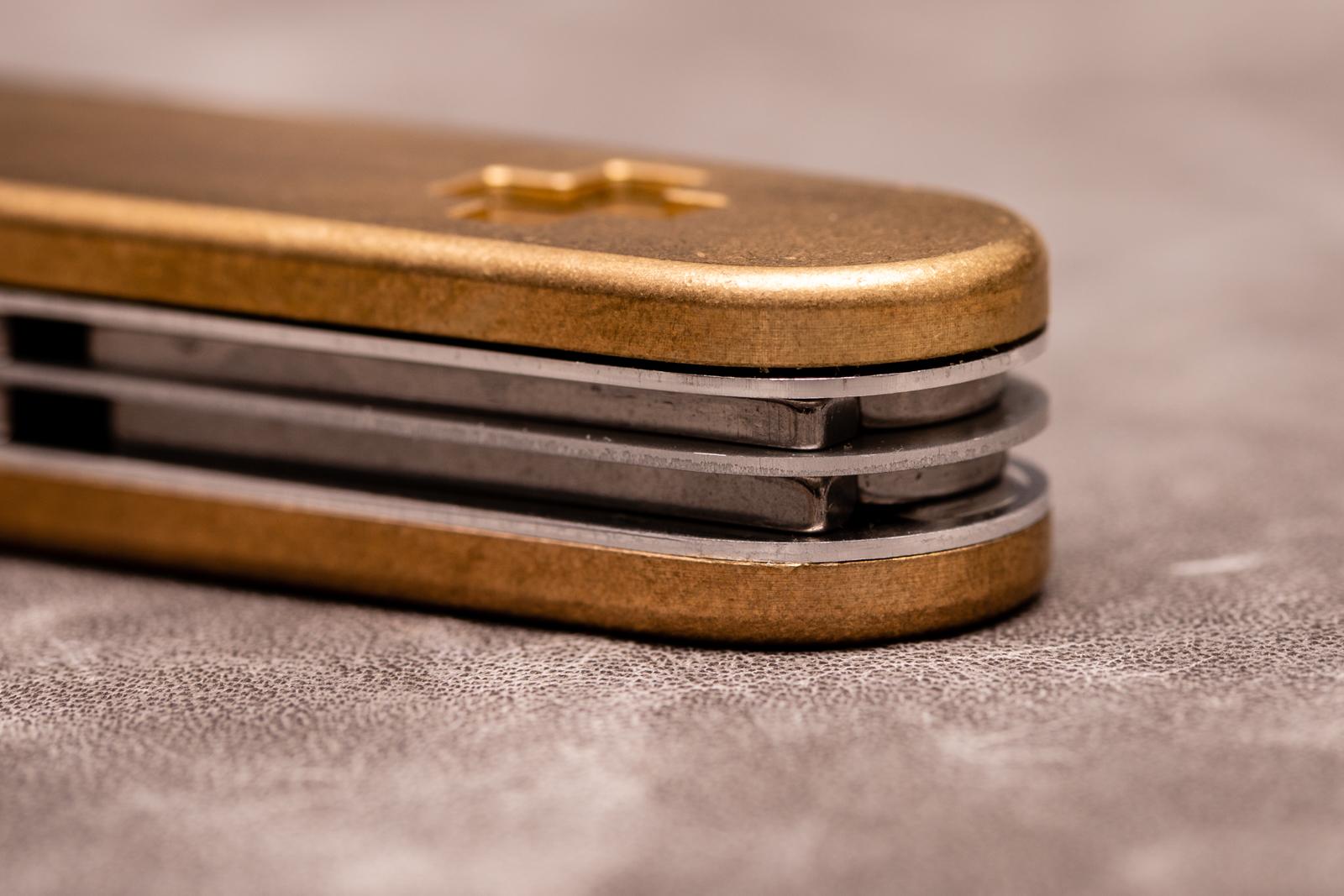 Daily Customs - Brass SAK Scales