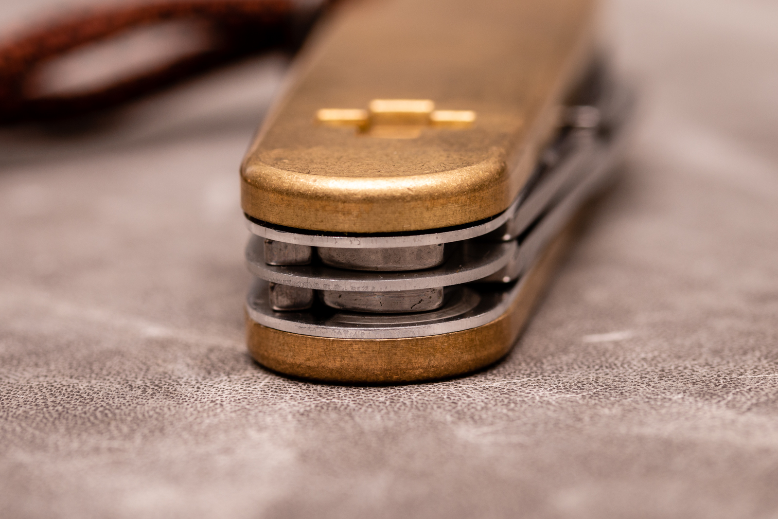 Daily Customs - Brass SAK Scales