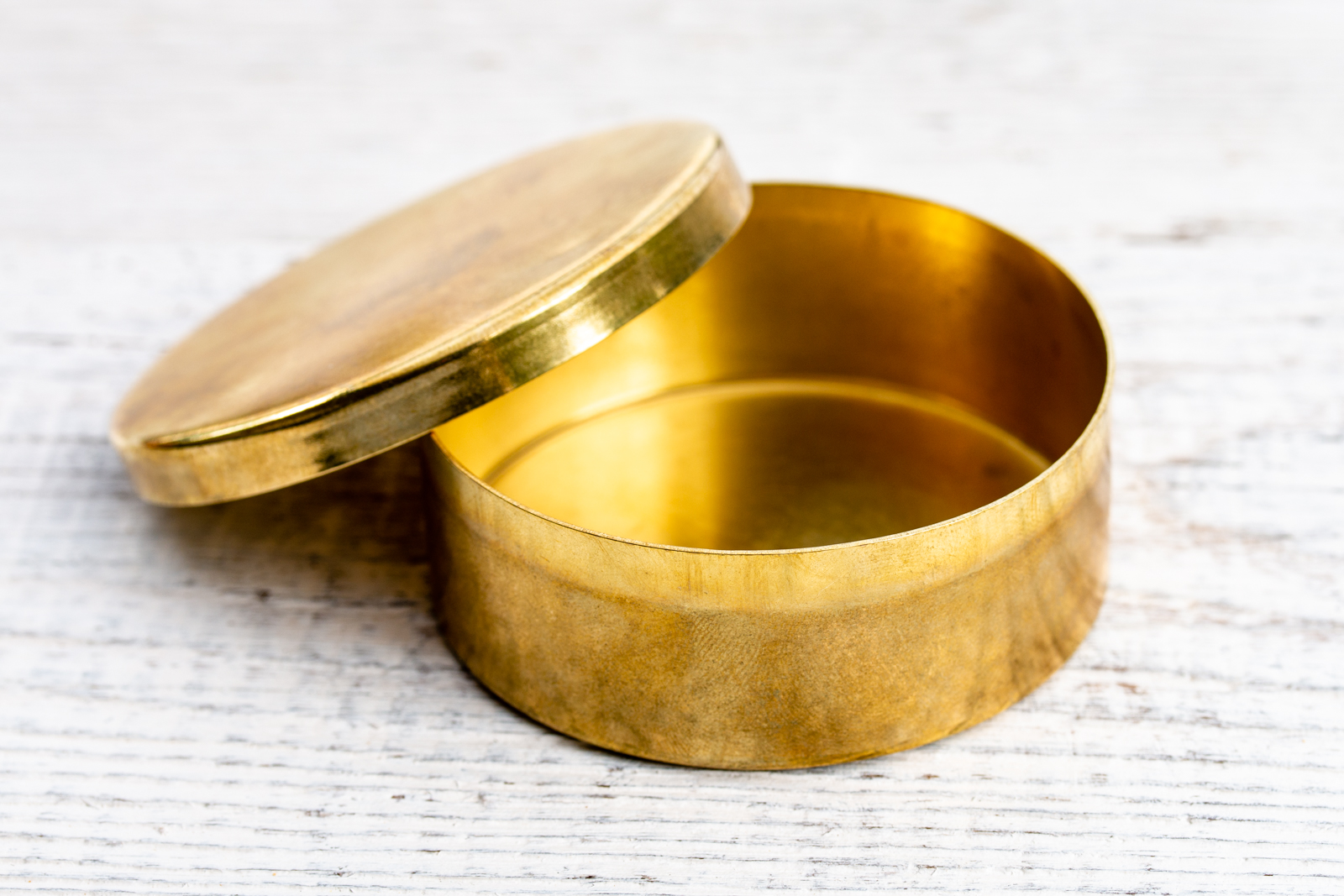 Cash Manufacturing - Snuff Box | All Things Brass