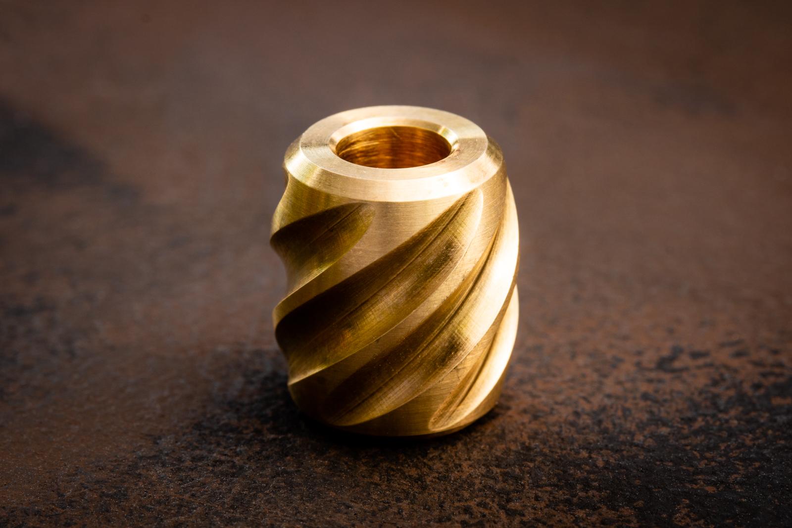 Maverick Workshop - Twist Lanyard Bead