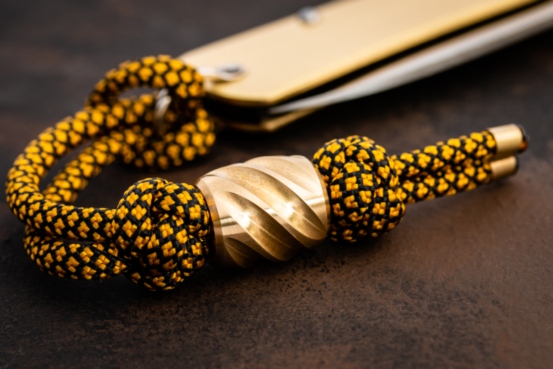 Maverick Workshop - Twist Lanyard Bead