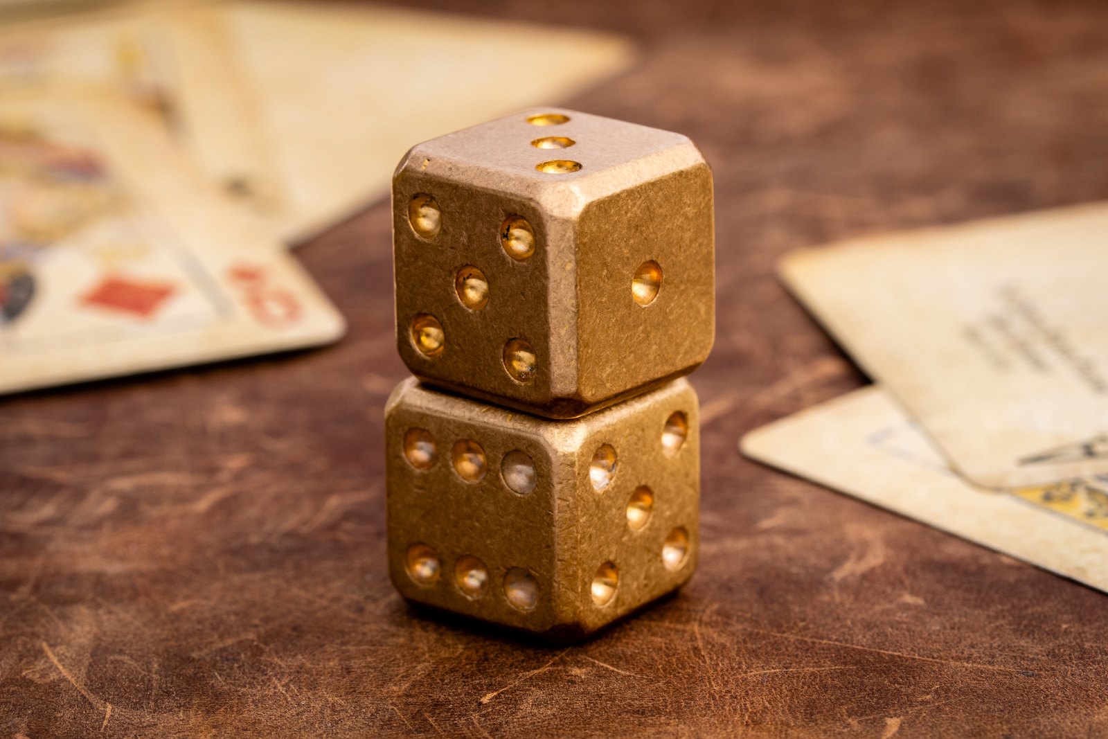 Flytanium - Brass Dice Set